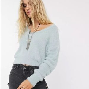 Topshop Cropped V Neck Fuzzy Sweater Size 8-10